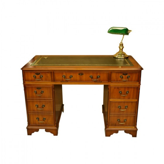 Yew_Desk_With_Bankers_Lamp_600